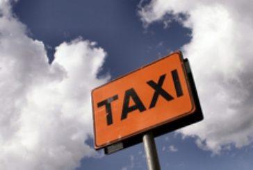 """Con """"Taxi now"""" prenotazioni dal cellulare"""