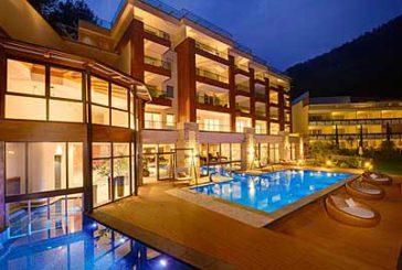 Il Quellenhof Resort si aggiudica l'HolidayCheck Award