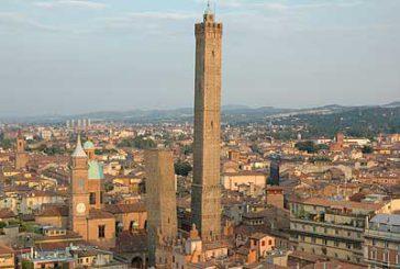 Bologna continua a conquistare i turisti. Boom di cinesi e americani