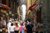 Sold out a Napoli per il Ponte di Ognissanti: turisti invadono centro