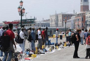 Venezia, stop agli abusivi. Zaia: serve pugno ferro e attività indagine