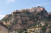Castelmola contro Taormina per l'ordinanza sui bus turistici