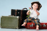 Bimbi in volo, tariffe e servizi cambiano in base alla compagnia