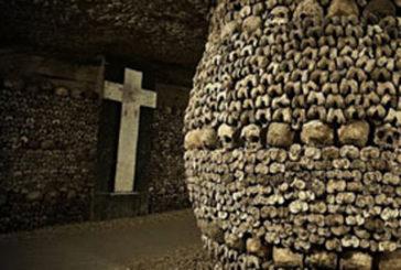 Con Airbnb Halloween da brivido nelle Catacombe di Parigi
