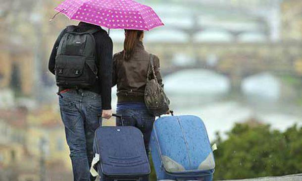 Allarme Istat: Italia sempre più vecchia, un terzo delle famiglie è single