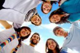 A Rimini i giovani sono pagati per andare in vacanza