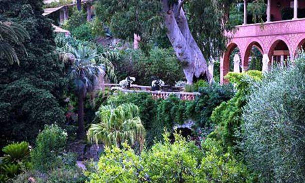 Ad alassio riaprono i giardini di villa della pergola for Giardini villa della pergola