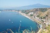 A Giardini Naxos arrivano i crocieristi: 124 ormeggi fino ad ottobre