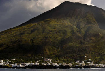 Cala attività Stromboli: ok a attracco vaporetti, ma è allarme per turismo