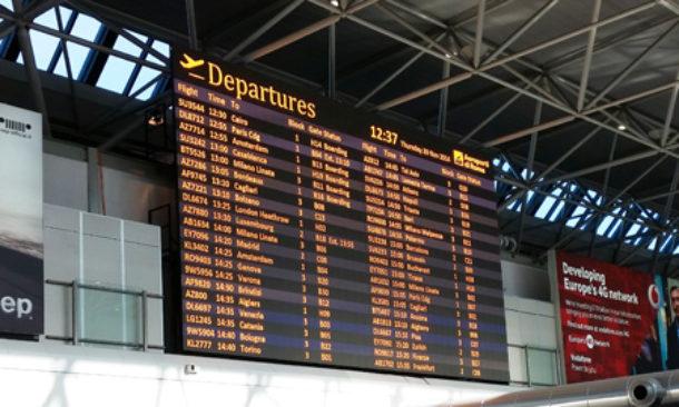 Sciopero trasporti, si ferma anche Fiumicino: l'Alitalia cancella 130 voli