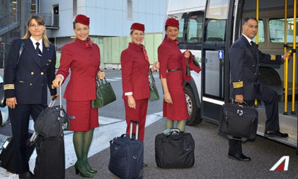 ALBERTA FERRETTI/ La stilista disegnerà le nuove divise Alitalia: ecco perchè
