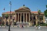 Via al restyling del portone monumentale del Teatro Massimo