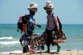 Cervia, stop a venditori abusivi in spiaggia grazie a progetto Comune-Coop bagnini
