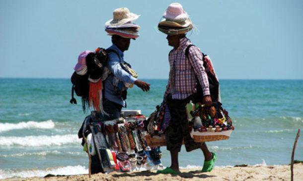 Cervia Stop A Venditori Abusivi In Spiaggia Grazie A Progetto