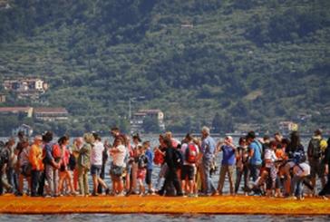 Chiude The Floating Piers: superato il tetto di 1,3 mln di visitatori