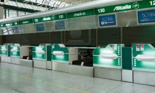 Alitalia presenta il nuovo piano industriale all'Enac
