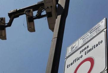 Napoli, Bus Operator contro piano tariffario per le Ztl