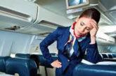 Cabin crew sotto stress, passeggeri spesso turbolenti e fastidiosi