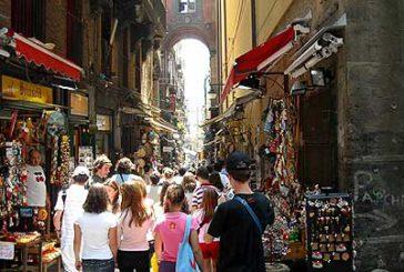A Napoli niente record di turisti nell'estate 2018, ma i numeri sono ancora alti