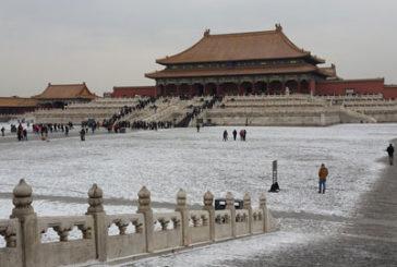 Alitalia, Di Maio vuole potenziare le rotte verso l'Est e Pechino