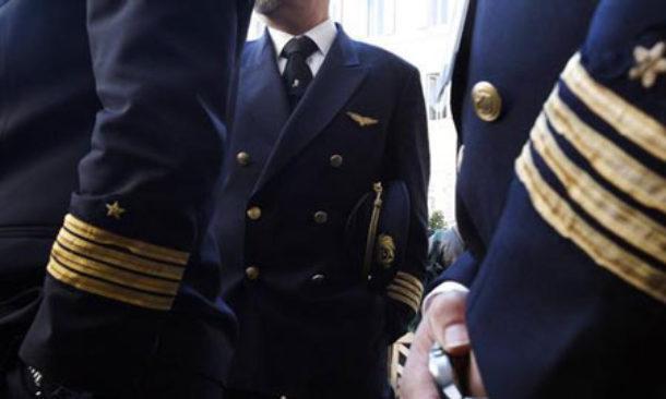 Alitalia, il Cda convocato il 27 aprile per avviare il commissariamento