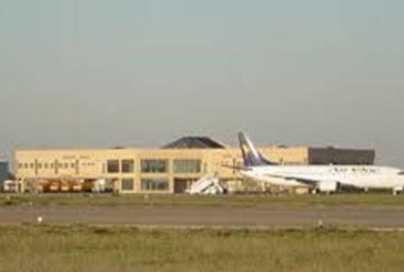 Aeroporto Crotone, Oliverio: decisione Flyservus provoca disagi ad immagine territorio