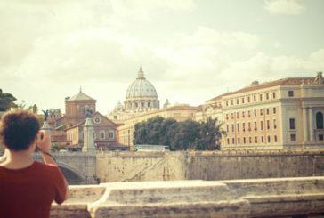 Cresce la voglia di viaggi degli italiani. Italia e città d'arte al top