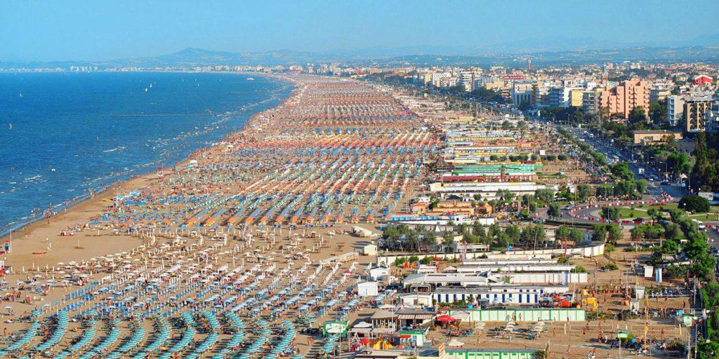 Rimini sigla accordo con Airbnb per tassa soggiorno digitale ...