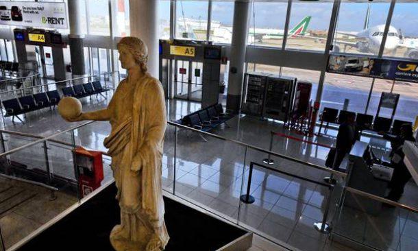 'Urania' in aeroporto Capodichino