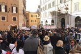 Guide in piazza ma Bianchi rassicura: a giorni incontro con regioni poi con associazioni