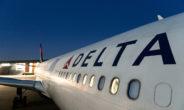 Delta, aereo perde 10.000 m di quota: panico tra i passeggeri