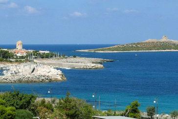 Alghe 'protette' a Isola delle Femmine e gli stabilimenti balneari restano chiusi