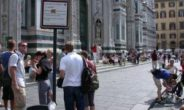 Firenze, giro di vite contro commercio alimenti e risciò nell'area Unesco