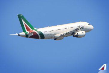 Alitalia, salgono le quotazioni di Toto ma oggi Di Maio vedrà Efremovich di Avianca