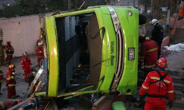 Bus turistico si capovolge in Perù, 9 morti e 25 feriti