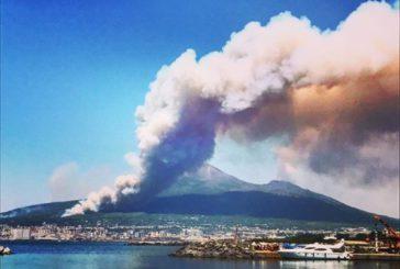 Incendi Vesuvio, Federalberghi: a rischio economia del turismo