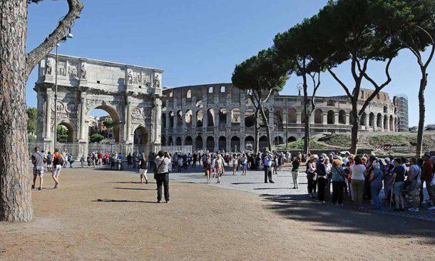 Roma, ok da giunta per pedonalizzazione \'terrazza su Colosseo ...