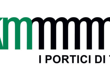 Una 'M' ripetuta all'infinito è il nuovo logo dei portici di Torino