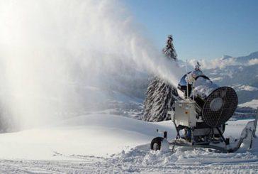Dolomiti, in azione i cannoni spara-neve dopo calo temperature
