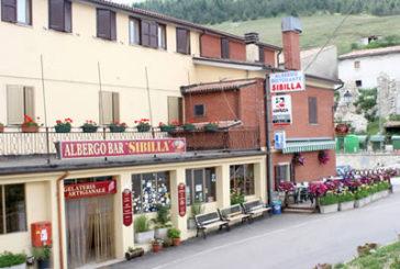 Castelluccio, al via demolizione Hotel Sibilla dopo i danni del sisma