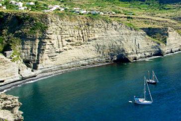Salina vuole recuperare la spiaggia de 'Il postino'