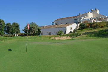 Ultimi tuffi d'estate a I Monasteri Golf Resort