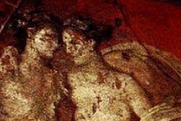 Vandali sfregiano affresco a Pompei, Osanna: identificare responsabili