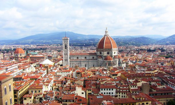 Venezia, nuova tassa per crocieristi e turisti mordi e fuggi
