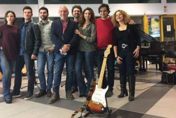 Musica per allietare i passeggeri in partenza all'aeroporto di Palermo