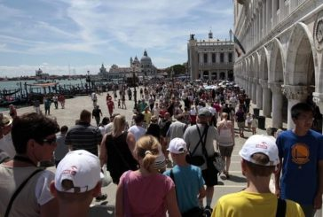 Venezia, bene esperimento tornelli. Brugnaro: affineremo metodo