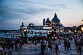 Venezia soffre di overtourism: è la capitale mondiale del turismo di massa