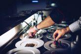Boom di turisti al ristorante: in estate cresce l'occupazione nei pubblici esercizi