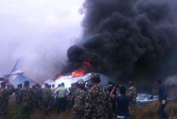 Nepal, si schianta un aereo a Kathmandu: 49 morti e 22 superstiti