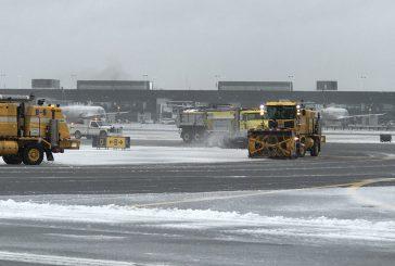 Bufera di neve nella costa est degli Usa, 5 mila voli cancellati
